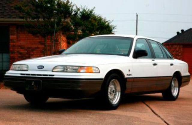 Ford Crown Victoria Touring Sedan